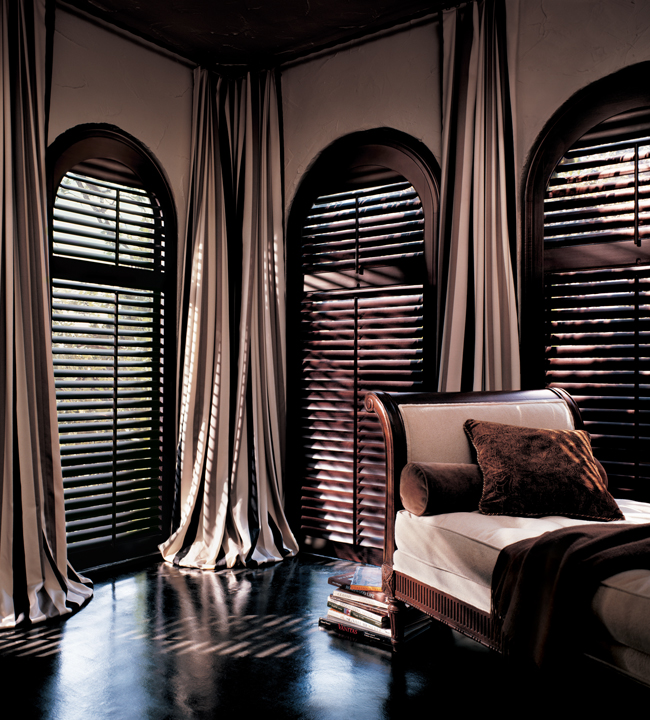 Hunter Douglas Hertiance Hardwood Shutters
