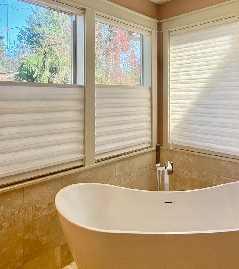 top down bottom up roman shades in Vancouver WA bathroom