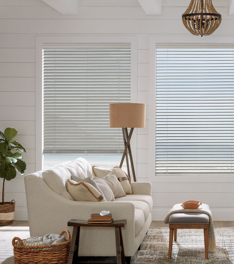 coastal theme home with neutral faux wood blinds in Chicago IL