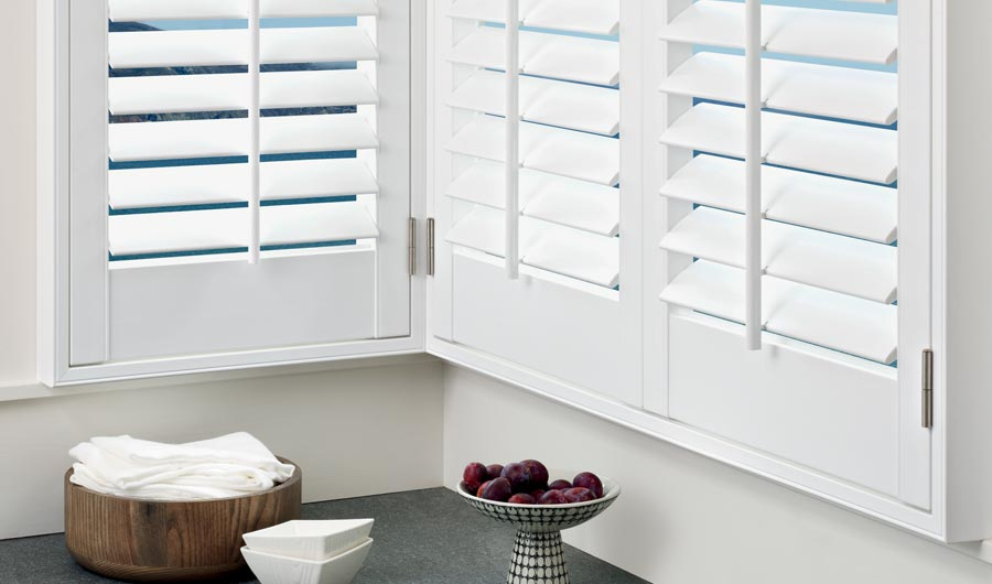 palm beach polysatin shutters